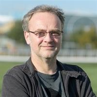 prof.dr.ir. PJ (Paul) van den Brink