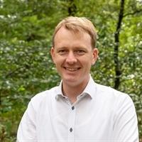 dr. A (Aart) van der Linden