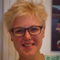A (Annemarie) de Vries MSc