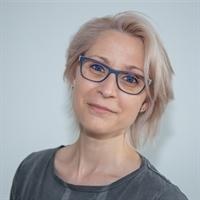 dr. M (Meike) van der Zande