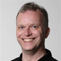 dr. PW (Peter) de Jong