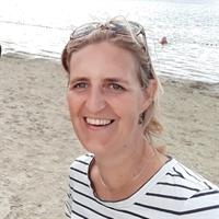 dr. JN (Joanne) Leerlooijer