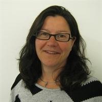 dr. E (Elke) Scholten