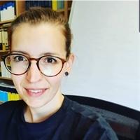 dr. J (Julia) Höhler
